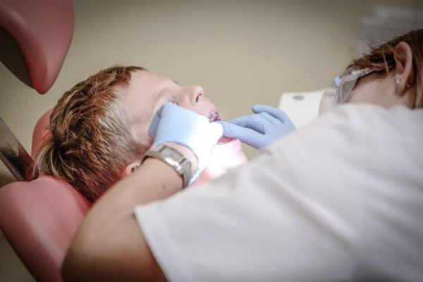 Alarming report on children's dental care.