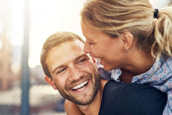 Can teeth whitening improve my smile?
